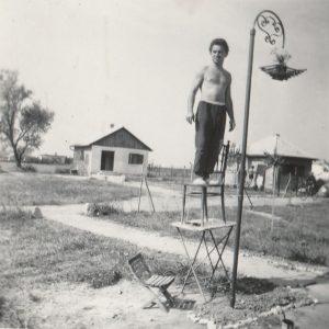 A fotó az 1960-as években készült, ekkor indult be igazán a Naphal utca benépesülésének folyamata.