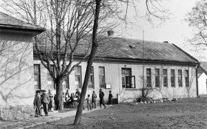 Gárdonyi református iskola épülete az 1960-as évek elején.