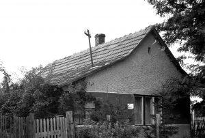 Id. Iricsekék háza, az 1960-as években. Gárdony, Munkás utca